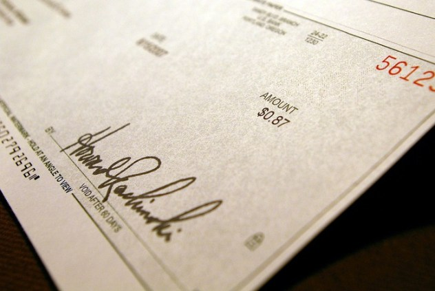 New scam makes victims print their own fake checks