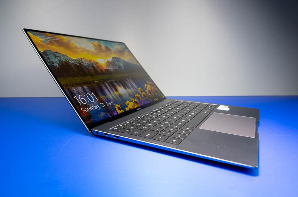 """Weiter lässt sich das 13,9""""-Display des MateBook X Pro nicht aufklappen"""