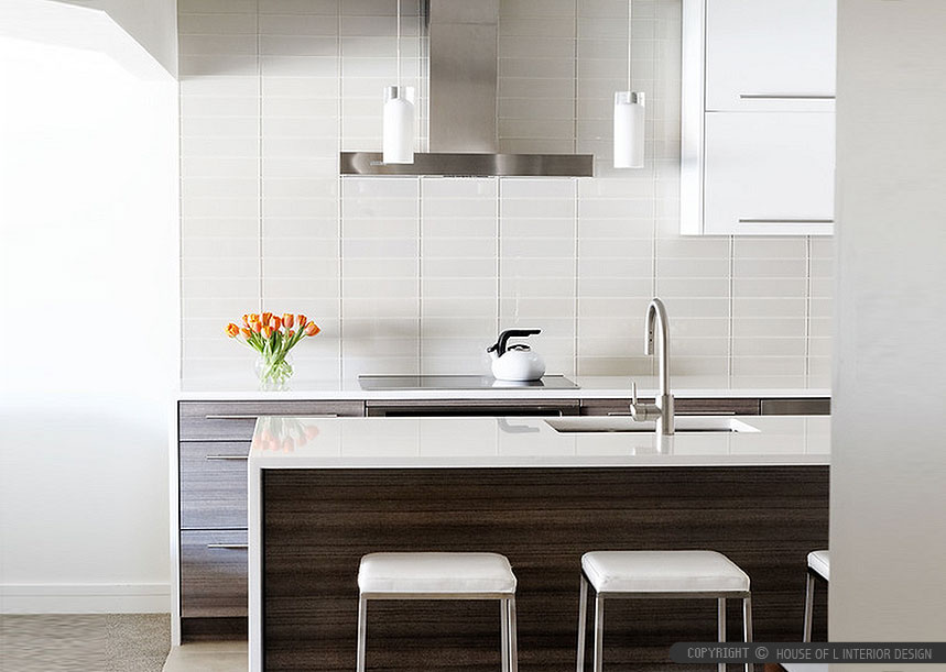 3 reasons to use glass tile in your kitchen