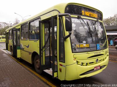 130826フォスド・イグアスのバス