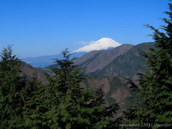 120407丹沢・やっと富士山が見えた