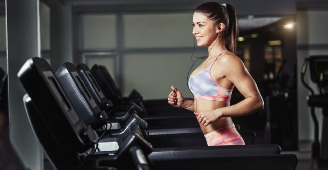 girl-gym-running-treadmill