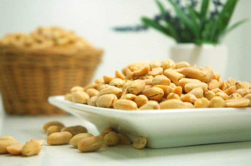 how to prevent peanut allergies in children