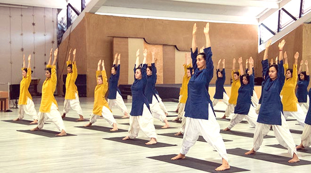 Isha yoga classes: yoga classes in mumbai