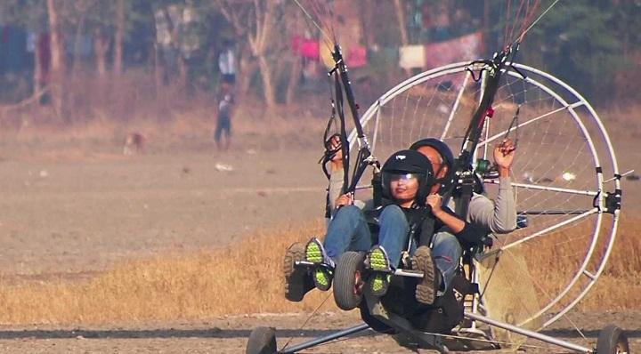 Paramotoring flight