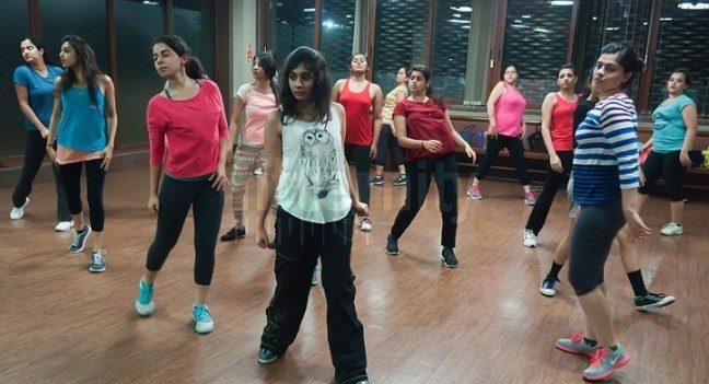 Zumba with Sukoon Rajani: zumba classes in Mumbai