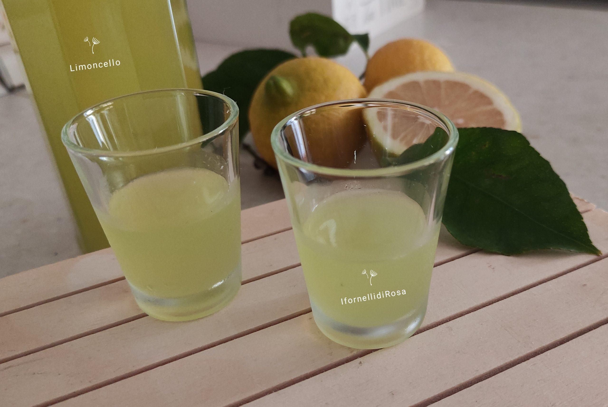 Liquore al limoncello fatto in casa in 4 giorni