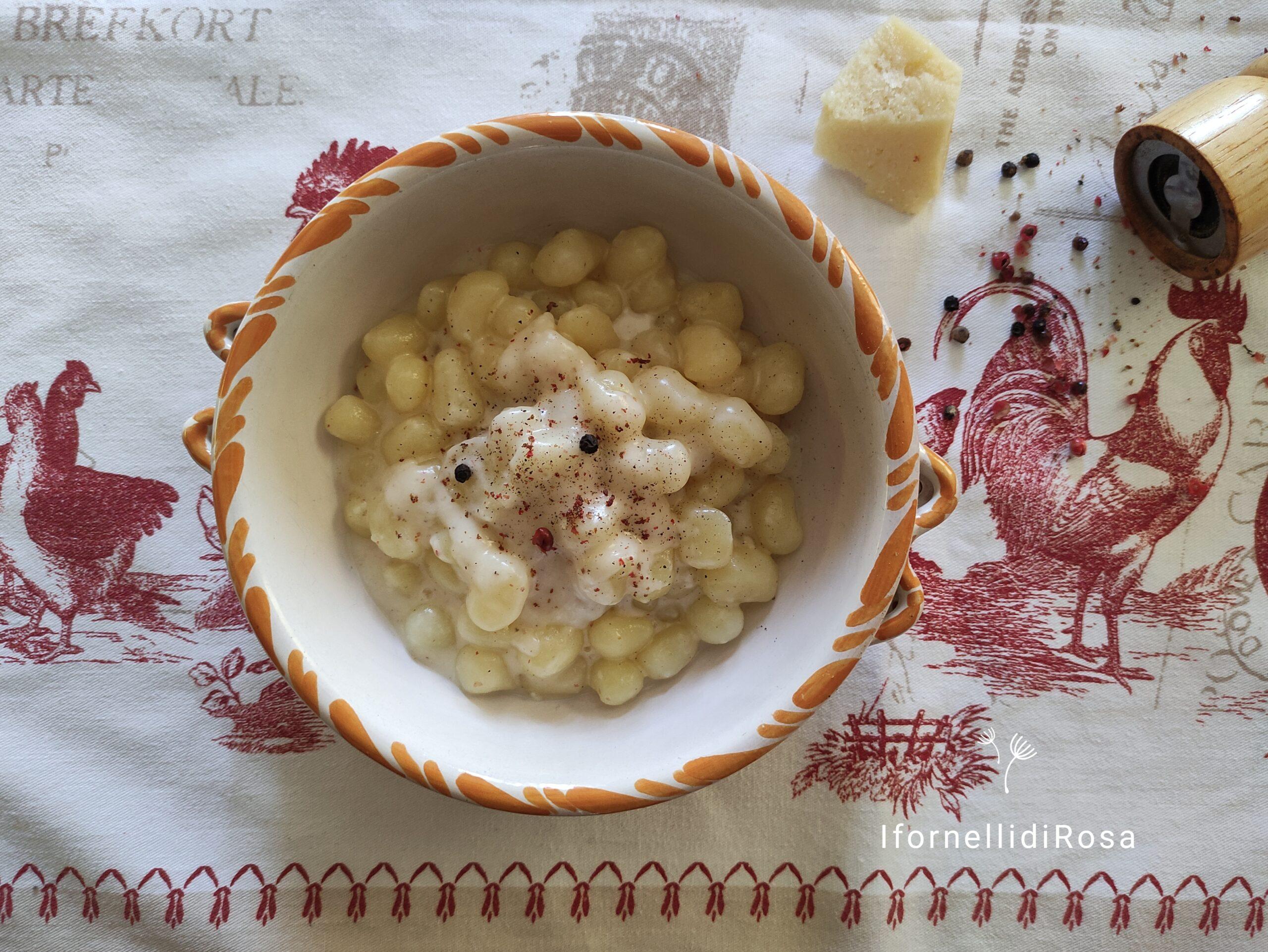 Chicche di patate cacio e pepe rosa