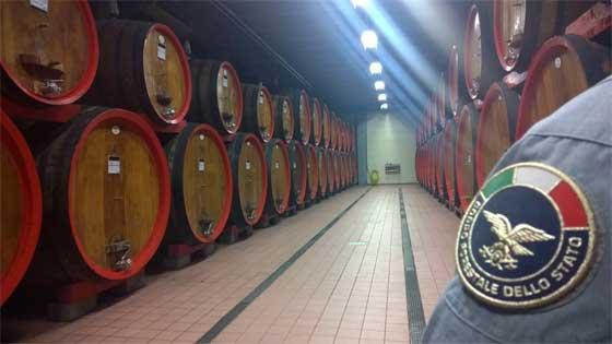 Pavia, sequestrati 16 milioni di ettolitri e 700.000 bottiglie di vino