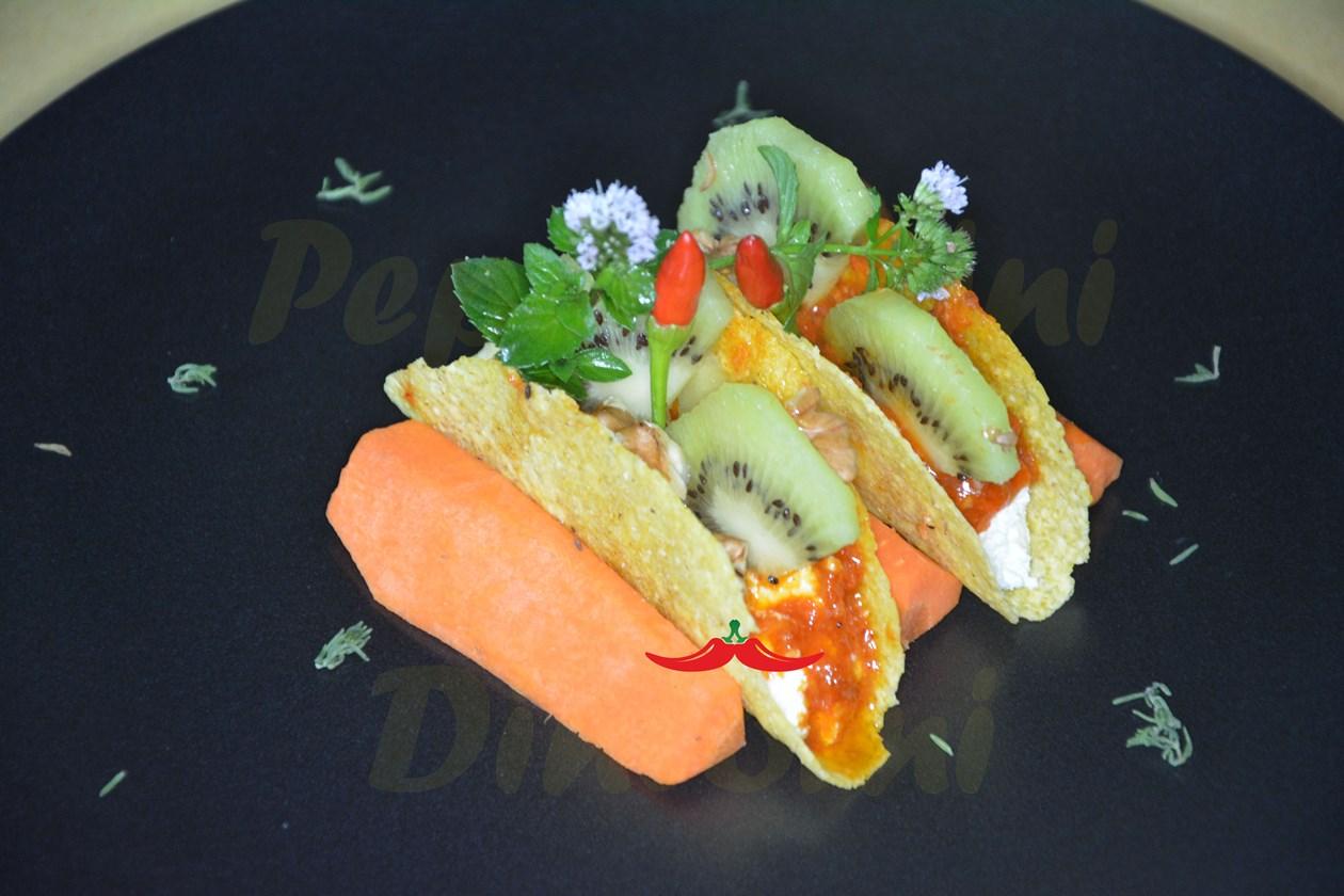 Mini Taco, kiwi, Nduja emulsionata e Robiola