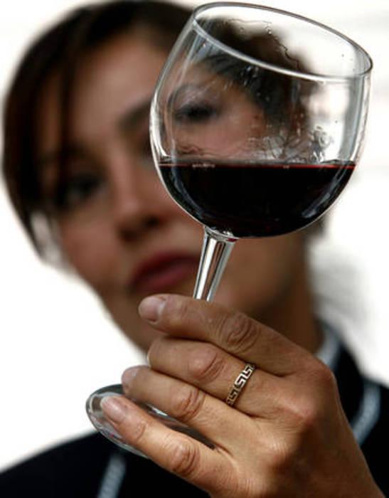 Sul vino donne chiedono nuovo linguaggio