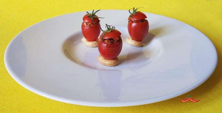 Pomodorini Ripieni di Nduia e Briciole di Pane