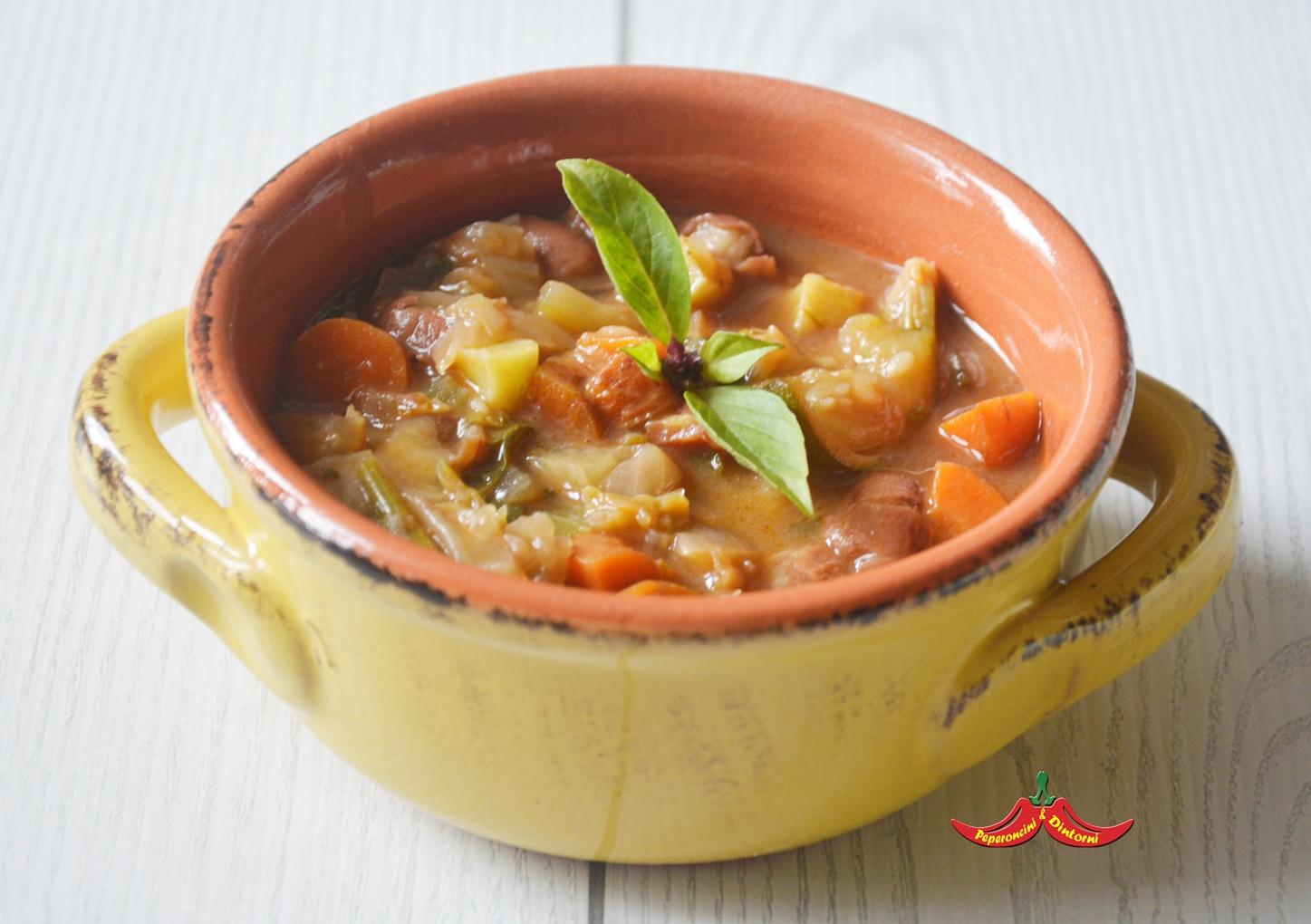 Minestrone Pancetta tesa e lardo pestato