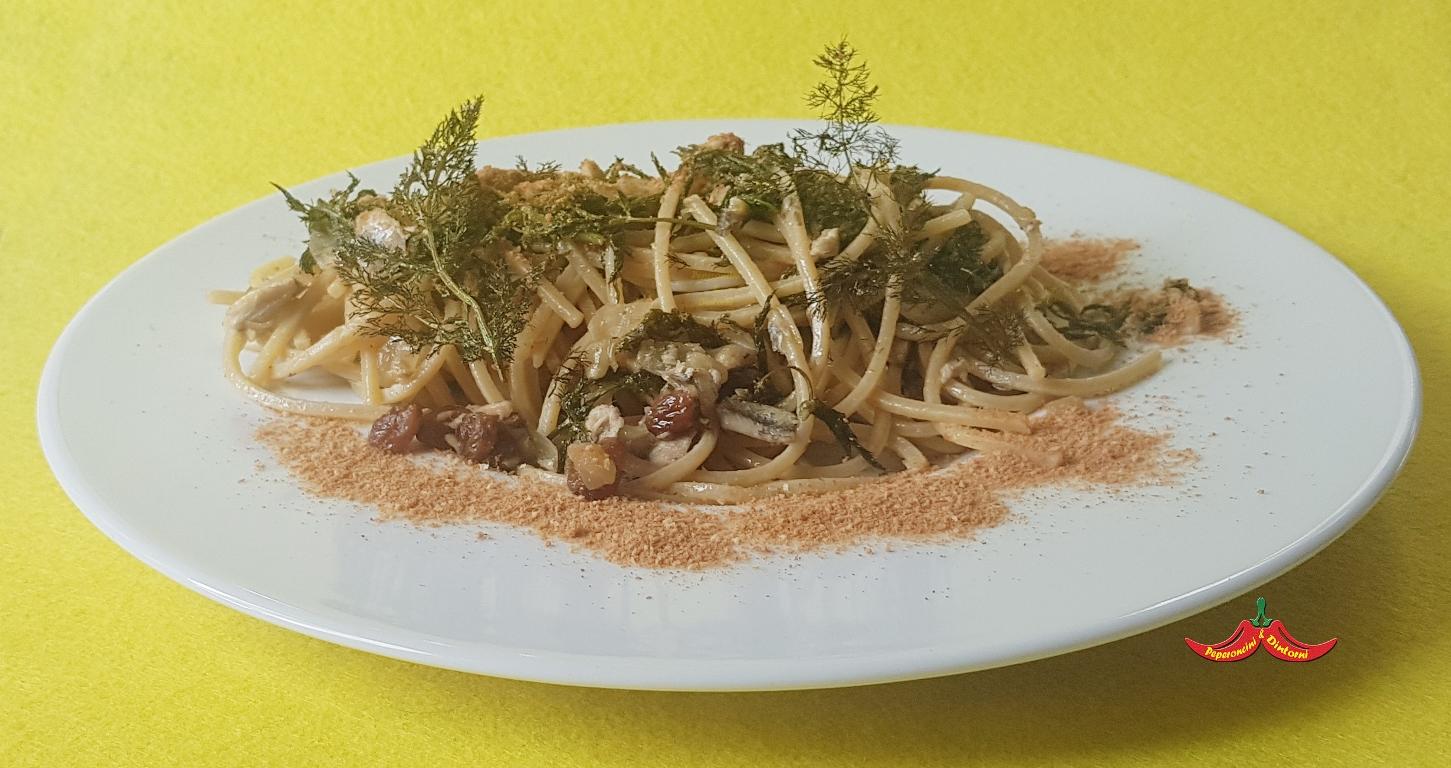 Pasta con le Sarde e finocchietto croccante