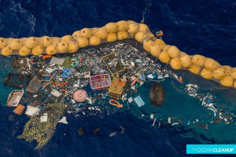 L'appello di Slow Fish, Salviamo i mari dalla plastica