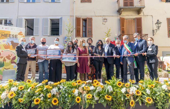 Petrini: «Benvenuti al primo Cheese della transizione ecologica»