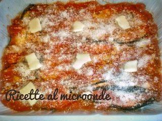 Parmigiana di melanzane (prima della cottura)