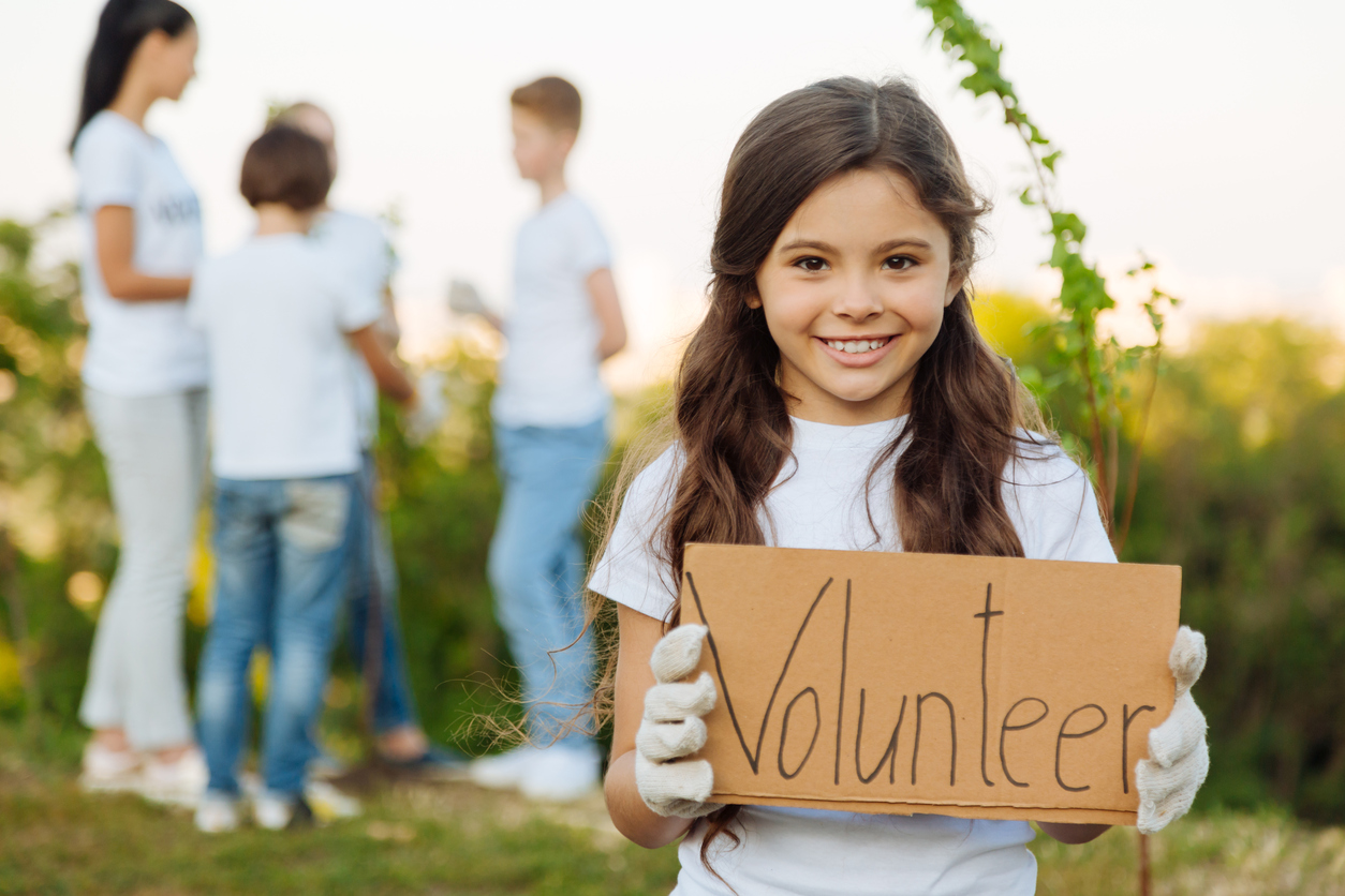 How to turn your nonprofit volunteers into donors?