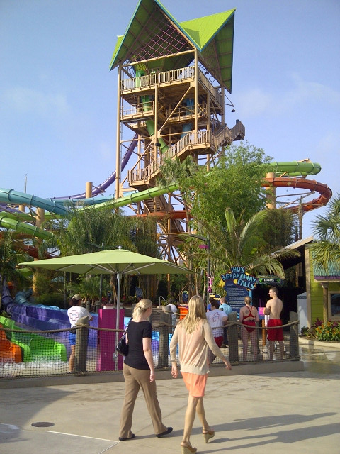 Aquatica's Ihu's Breakaway Falls Grand opening May 9th