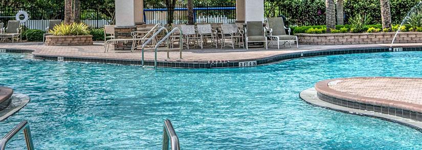 Corrimão para piscina: importante para a segurança dos banhistas