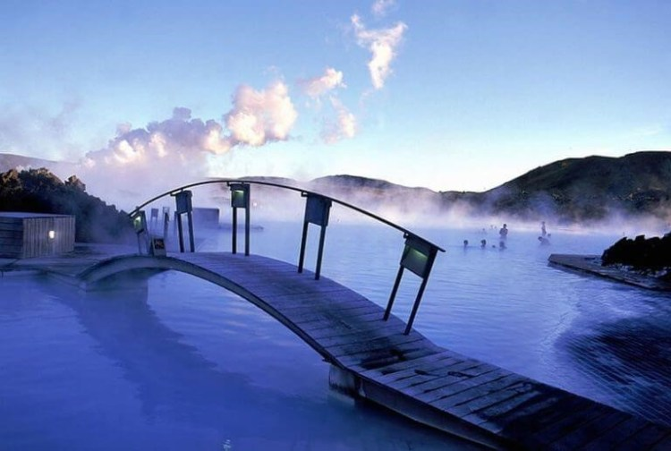 10 dos locais mais incomuns para piscinas do mundo