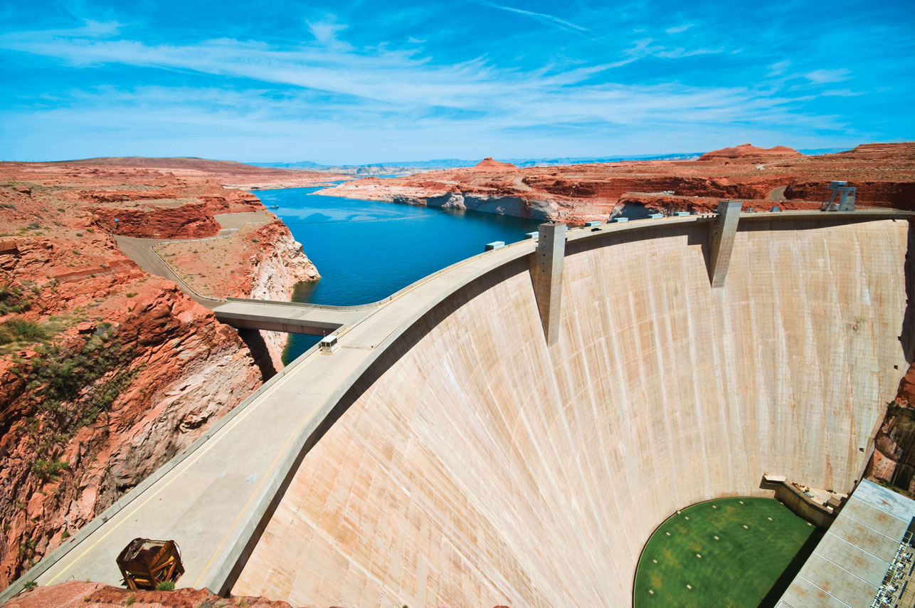 iS_6799744_GlenCanyonHydroelectricDam_ColoradoRiver_UTcx