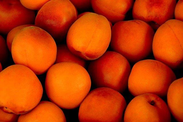 Los albericoques son frutas de verano