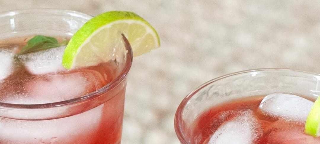5 recetas de bebidas refrescantes para sobrevivir al verano