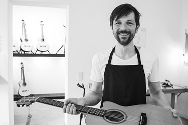 Martin Meckbach, Inhaber von Gitarren Meckbach.