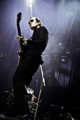 Joe Bonamassa in Performance