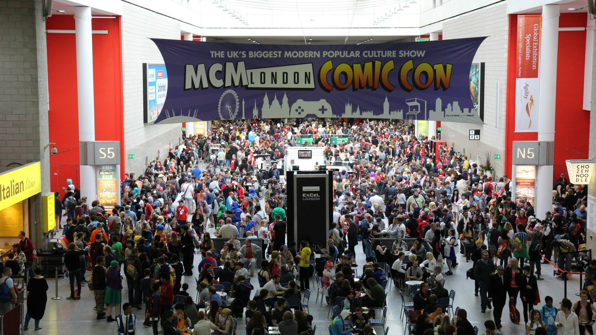 MCM Comic Con London 2015 – Atmosphere & Cosplay – The Photographs