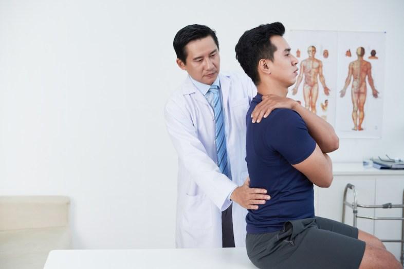Séances d'ostéopathie pour lutter contre les TMS en entreprise