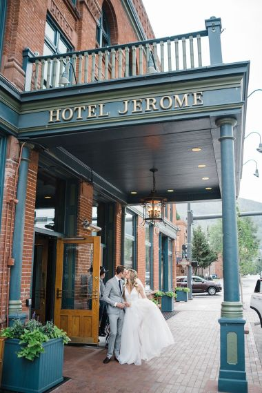 018-Labarte-wedding-Aspen-bride-groom-hotel-jerome