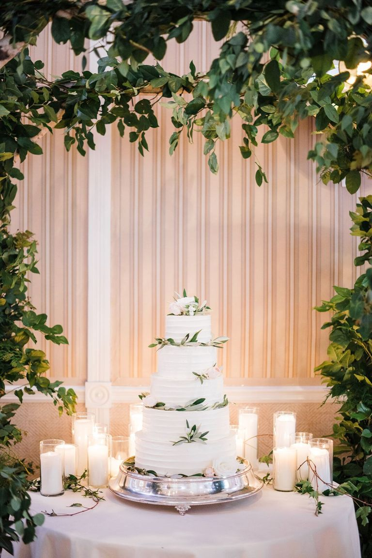 021-Labarte-wedding-Aspen-cake