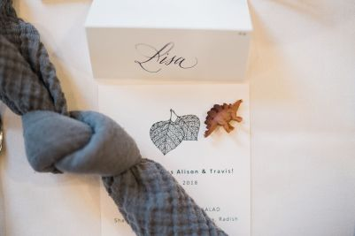 025-Labarte-wedding-Aspen-place-setting