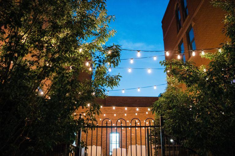 031-Labarte-wedding-Aspen-cafe-lights