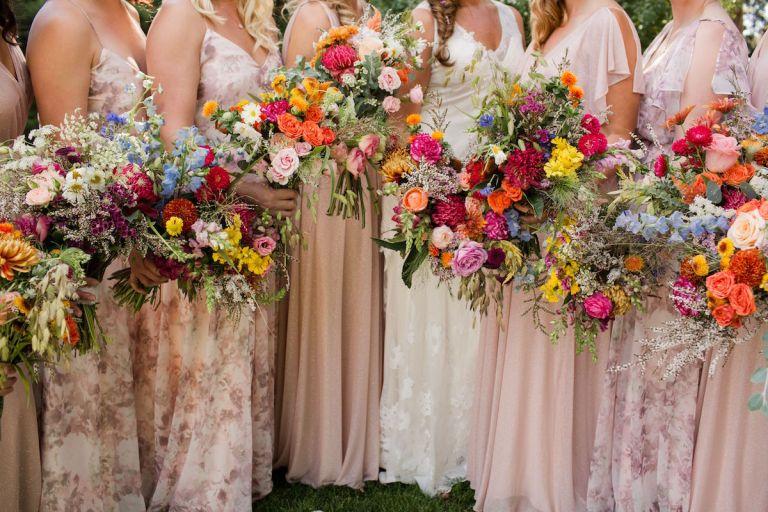 summer-wedding-ideas-colorado-bright-color-palettes