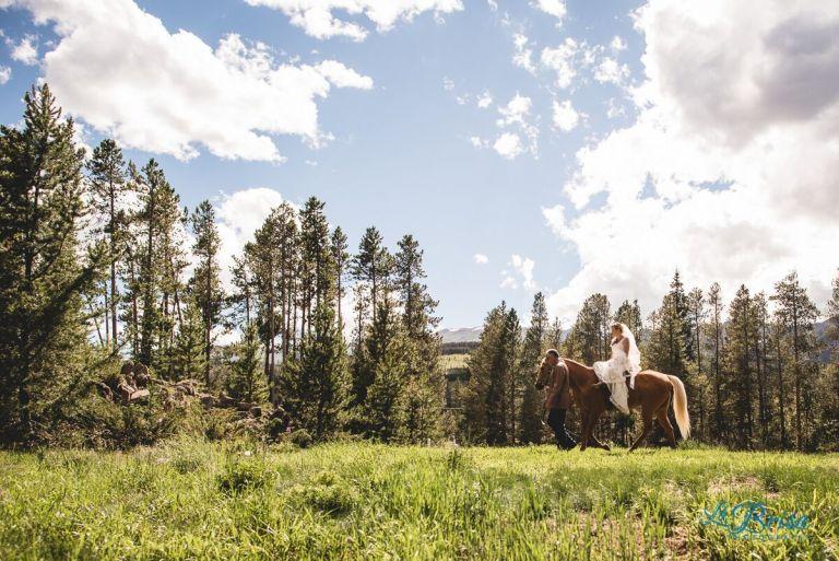 horseback-bride