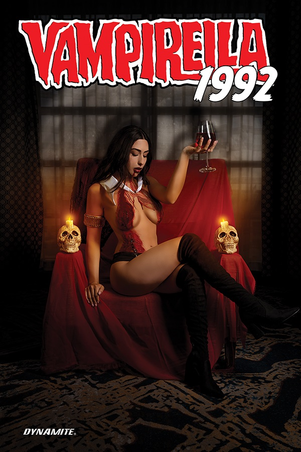 Vampi1992-01031-C-Cosplay VAMPIRELLA parties like it's 1992