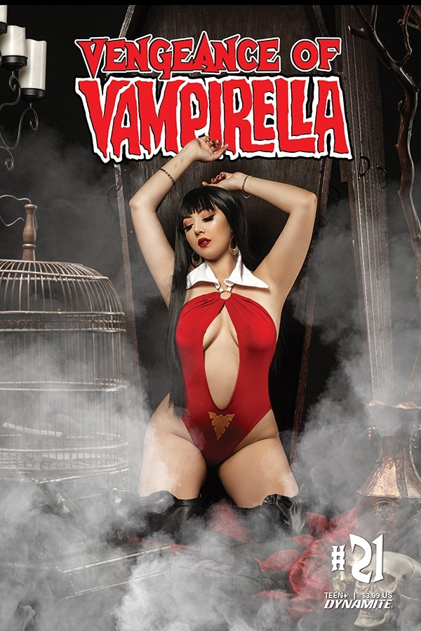 VoV21-21041-D-Cosplay Dynamite Entertainment August 2021 Solicitations