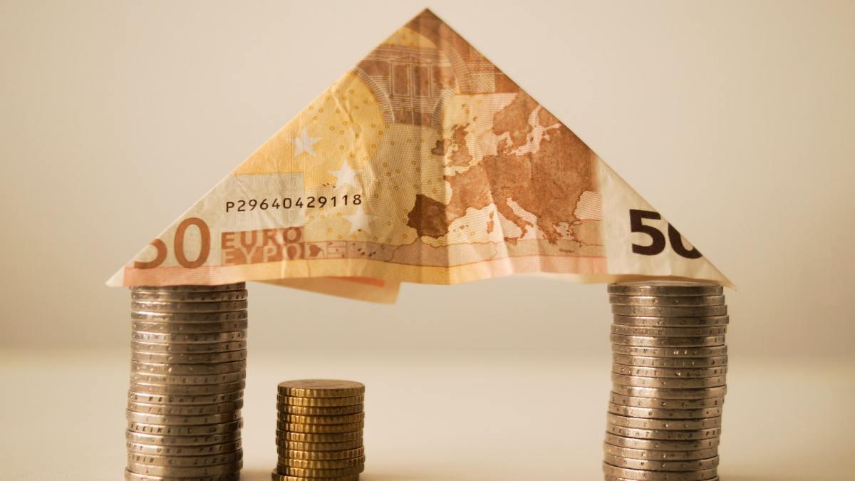 Cómo ahorrar dinero en casa: 10 trucos que necesitas conocer