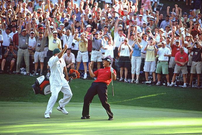 Tiger Woods at the 2005 Masters, image: golfwrx.com