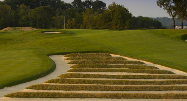 The Infamous Church Pews bunker at Oakmont Country Club, image: Getty Images