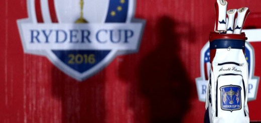 Arnold Palmer's 1975 Bag at the 1st Tee During the 2016 Ryder Cup, image: nbcsports.com