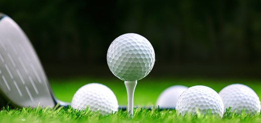 Choosing a Golf Ball, image: azgolfhomes.com