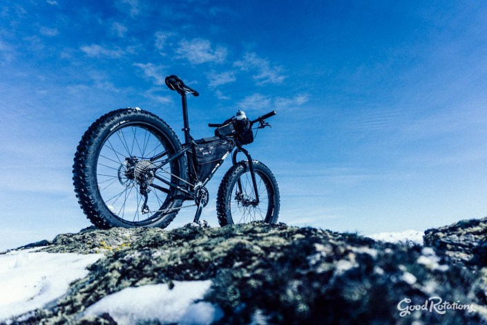 Fatbike in the snow, Pisa Range