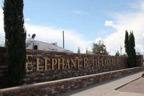 Elephant Butte Lake RV Resort - entrance