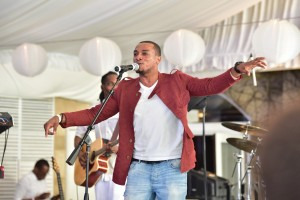 Jonathan McReynolds performs at BMI's Gospel on the Park Brunch, held on June 7 at Park Tavern in Atlanta. Photo Credit: Prince Williams #BMIgospelbrunch