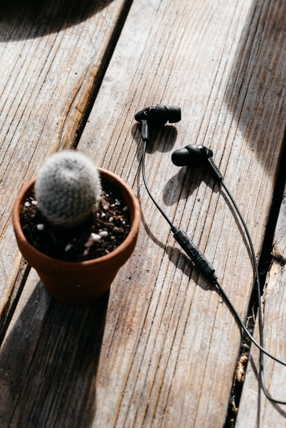Grado iGe In-Ears with Mic & Remote Coffee Shop