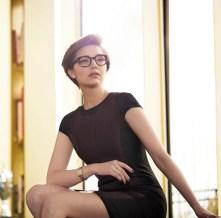 vrouw met bril 2018